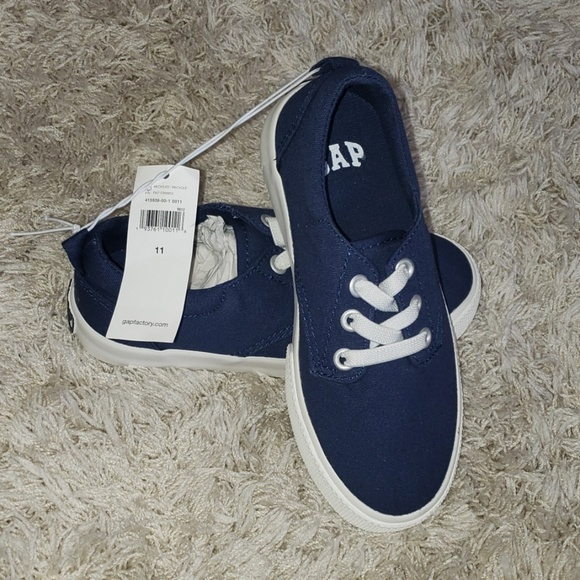 GAP Factory Other - Toddler Boy size 11 gap shoes.